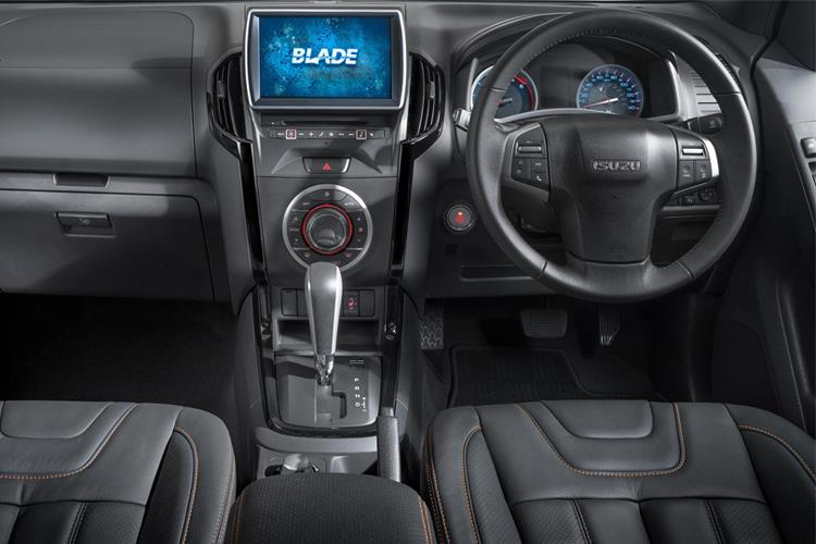 Isuzu D-MAX Pick Up Double Cab 4wd 1.9 TD 4WD 164PS DL20 Pickup Double Cab Manual [Start Stop] inside view