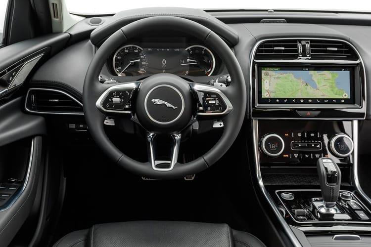 Jaguar XE Saloon AWD 2.0 i 300PS R-Dynamic HSE 4Dr Auto [Start Stop] inside view