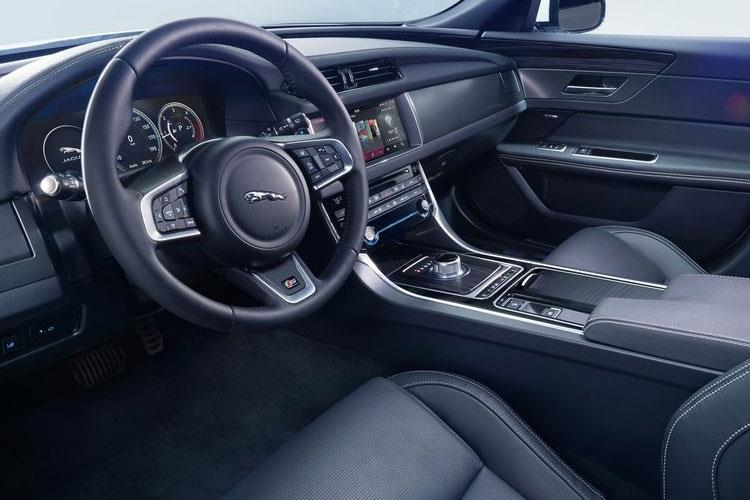 Jaguar XF Saloon 2.0 i 250PS R-Dynamic S 4Dr Auto [Start Stop] inside view